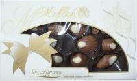 Морские фигуры: конфеты из молочного и белого шоколада с начинкой из орехового пралине
